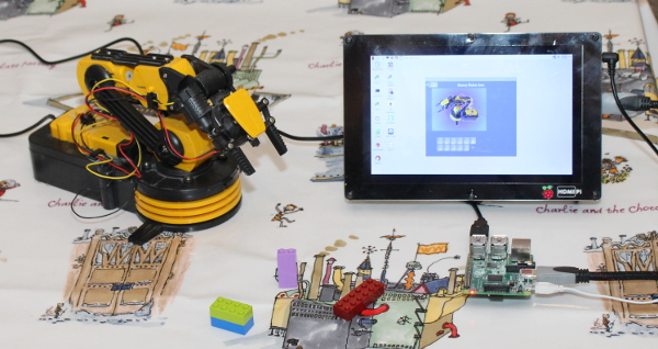 G-Robot Arm - Controlling a robot arm on the Raspberry Pi using Pygame
