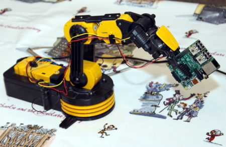 Robot Arm - with Raspberry Pi